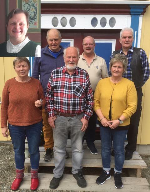 Fra venstre på bildet, bak: Jan Lars Haugom, Stein Arve Sundt, Inge Godtland, foran: Berit Bøysen, Roar Selboe, Bjørg Sundt. Innfelt i bildet er Jorid Skott Svendsen